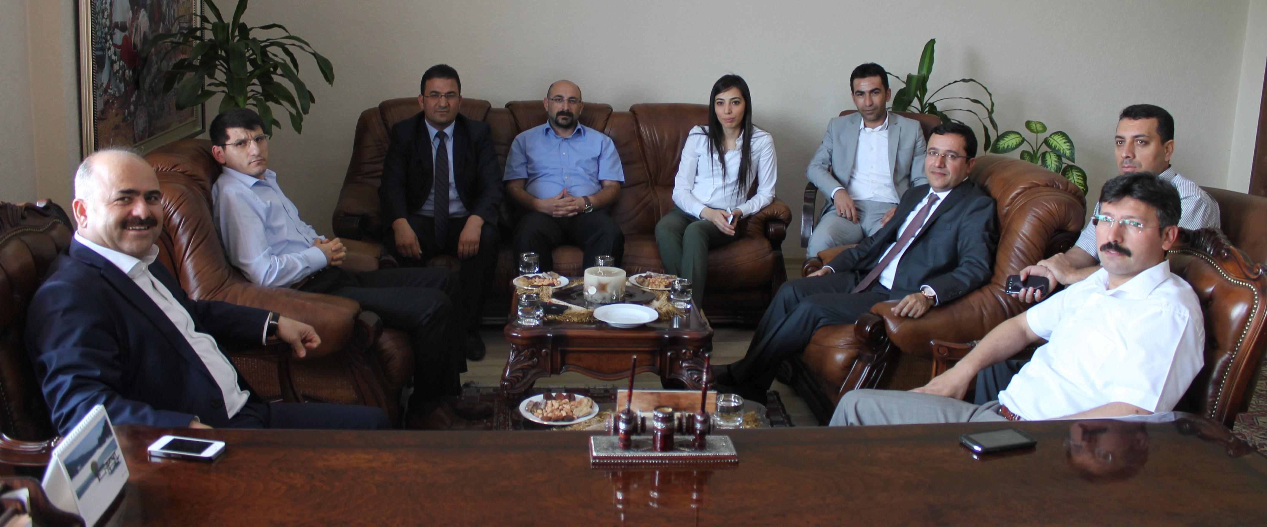 Siirt Valisi Sayın Ahmet AYDIN baromuza veda ziyaretinde bulundu.