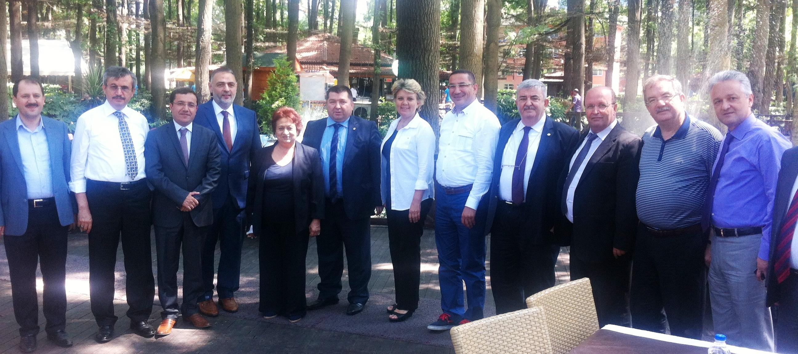 Karabük ve Sakarya Barolarının Sosyal Tesis açılışlarına katıldı.