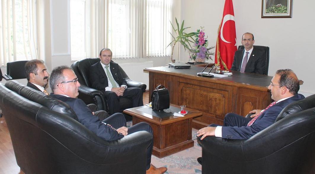 Tokat ve Zile Cumhuriyet Başsavcısı ile Tokat ve Zile Adli Yargı Adalet Komisyonu Başkanı'ndan Baromuza Ziyaret