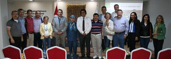 Kişisel Gelişim ve Öfke Kontrolü konulu seminer Baro Hizmet Binasında Verildi.
