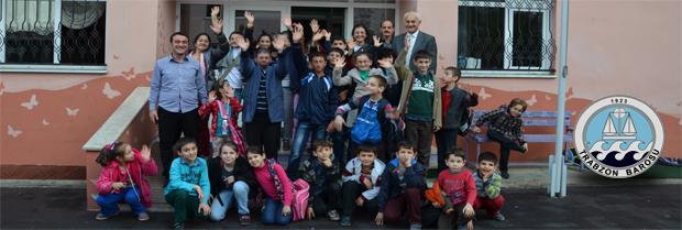 İşitme Engelliler İlkokulu'na yardım