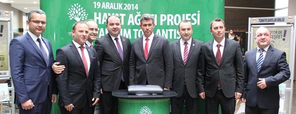 """Türkiye Barolar Birliği'nin madde bağımlılığına karşı geliştirdiği """"Hayat Ağacı Projesi"""" Av. Özdemir Özok Kongre ve Kültür Merkezi'nde düzenlenen toplantı tanıtıldı"""