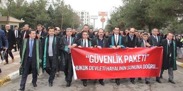 Barolar Diyarbakır'da Yürüdü&S230;.