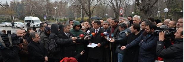 Baro Başkanımız Av.Harun SAYGILI 'nın da katılımıyla,Türkiye Barolar Birliği Başkanı Sayın Avukat Metin FEYZİOĞLU'nun 10 Şubat 2015 tarihinde Türkiye Büyük Millet Meclisi önünde yapmış olduğu basın açıklaması hk.