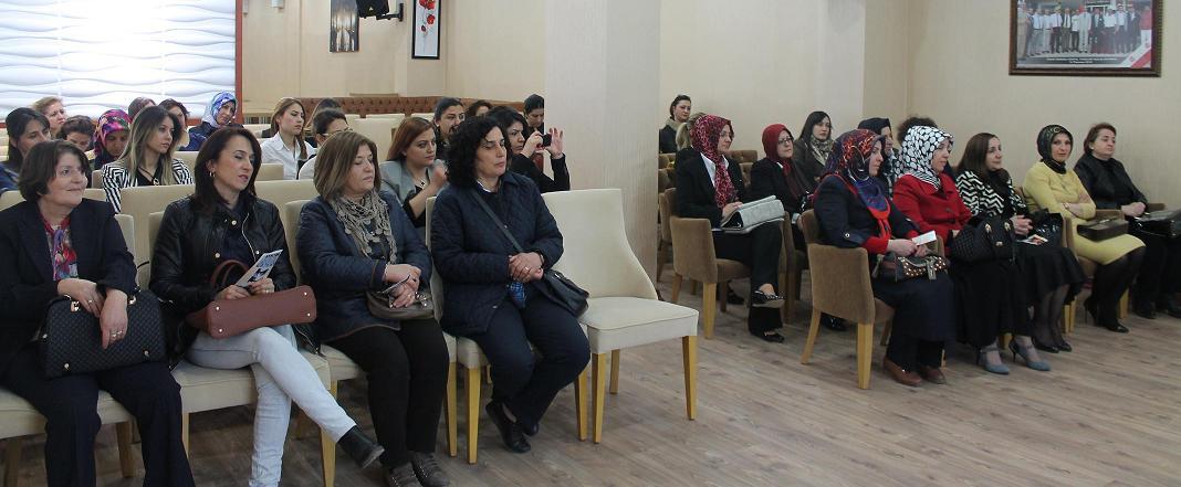 """""""Kadına Yönelik Şiddet ve Şiddetin Önlenmesi"""" Konulu Konferans Düzenlendi"""