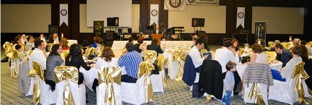Meslektaşlarımız 5 Nisan Avukatlar Günü münasebeti ile Margi Otelde düzenlenen yemekte buluştu.