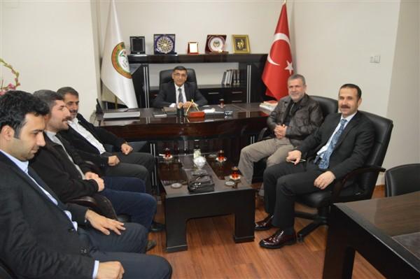 Mazlum-Der genel başkanı Sayın Ahmet Faruk Ünsal ve beraberindeki heyet baromuzu ziyaret etmiş