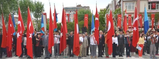 23 Nisan Ulusal Egemenlik ve Çocuk Bayramı  Çelenk Sunma Töreni'ne Katıldık