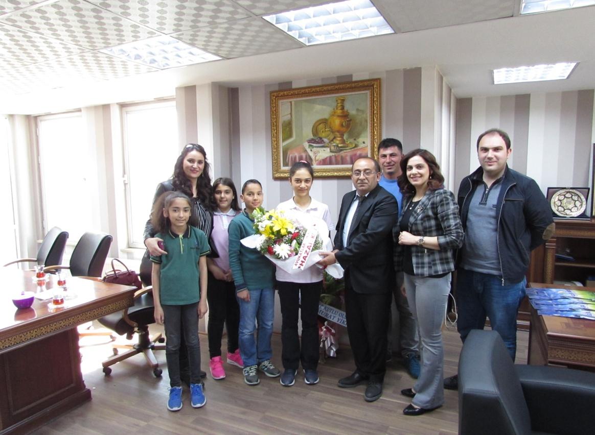 Hazar Koleji Öğretmen Ve Öğrencileri Baromuzu Ziyaret Etti