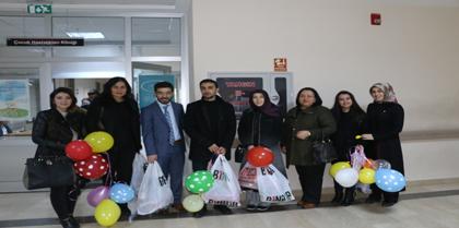 Çocuk Hakları Komisyonumuz 20 Kasım Çocuk Hakları Gününde Çocuk Hastaları Ziyaret Etti